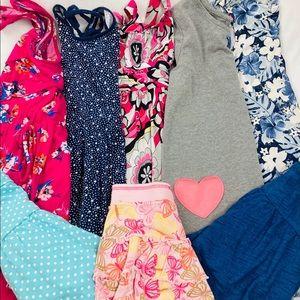 Lot girl's dresses/skirts medium 8ct
